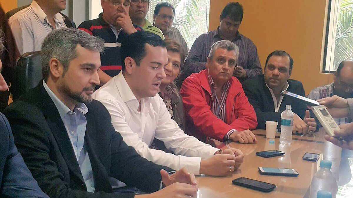 Óscar Chávez asumiría como gobernador del Guairá