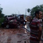 Choque frontal deja dos muertos en Piquete Cué